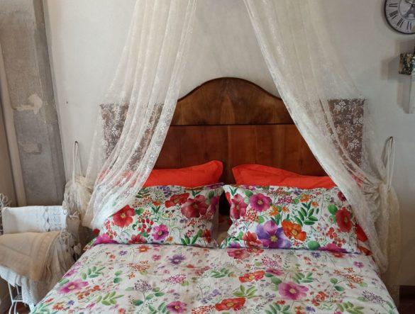 Sacco copripiumino  in puro lino, tenda in pizzo francese